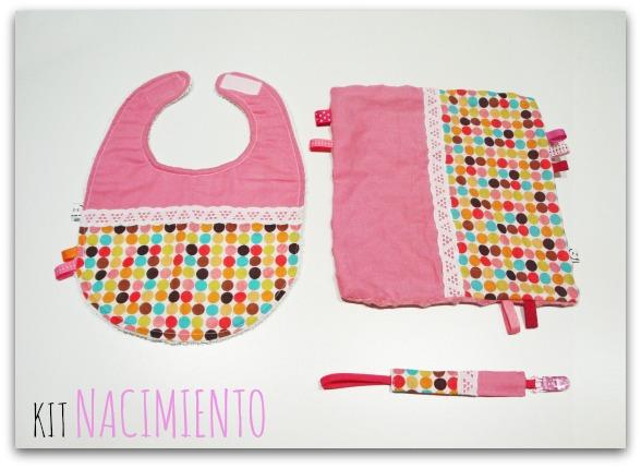 Kit regalo para nacimento bebé: babero, portachupete y trapito de apego