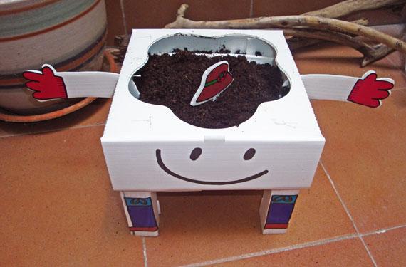 Reseña: probamos el huerto urbano de Seedbox Kids
