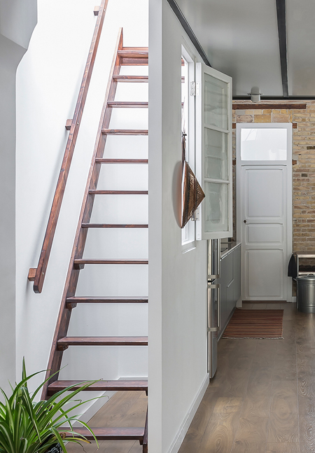 escalera-salon-loft-valencia