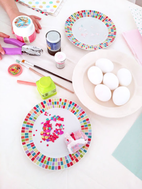 decorar-huevos-pascua-mesa-preparacion
