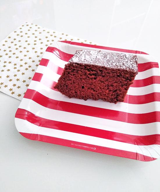 receta-facil-bizcocho-chocolate-esponjoso-3