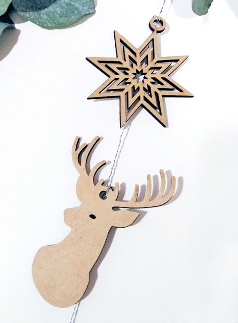 fijar-figurinas-corona-navidad